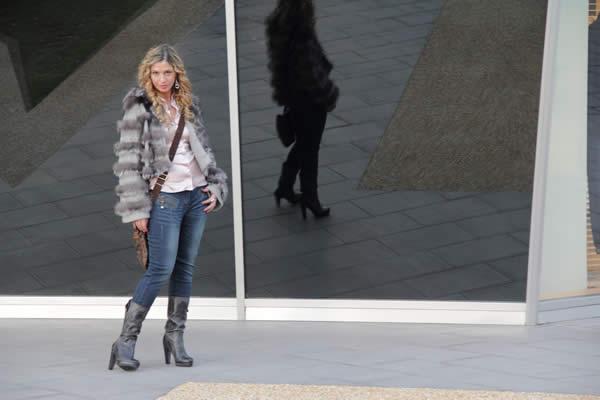 La Fashion Blogger Cristina Lodi in Fashion Valley
