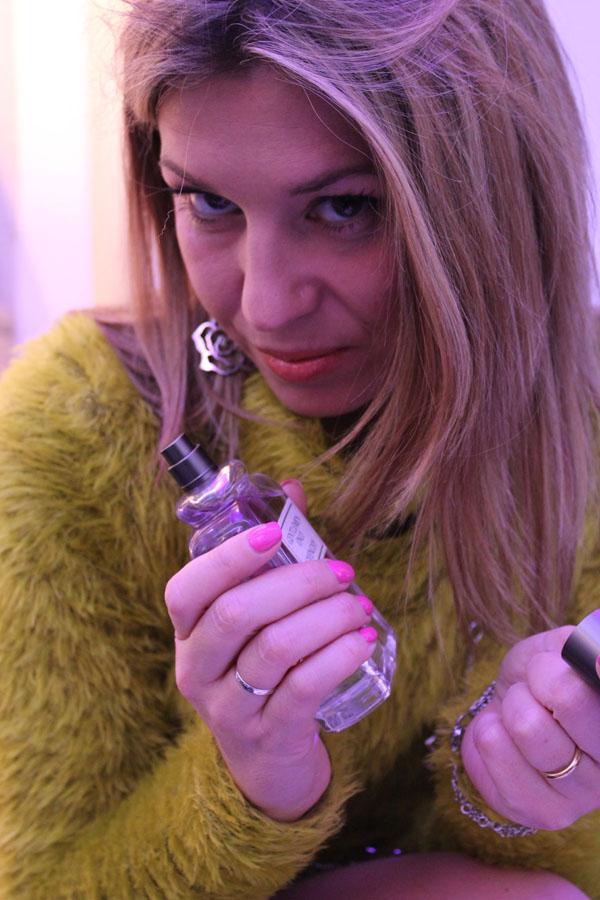 La Fashion Blogger Cristina Lodi con orecchini Manuel Zed