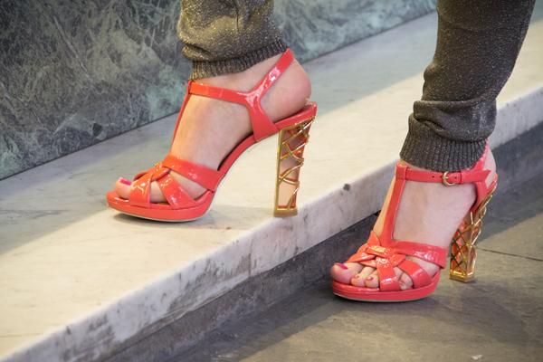 La Fashion Blogger Cristina Lodi indossa il sandalo Loriblu