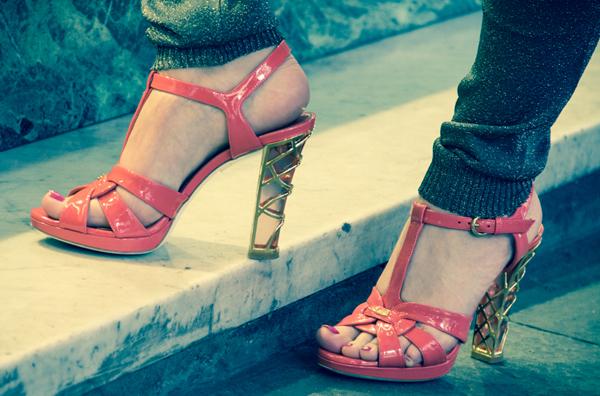La Fashion Blogger Cristina Lodi con il sandalo Loriblu