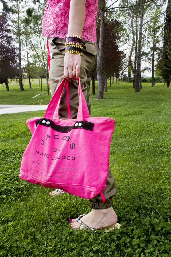 La Fashion Blogger Cristina Lodi con borsa Marc by Marc Jacobs