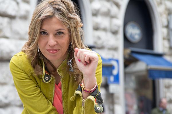 Cristina Lodi con gioielli Zoppini
