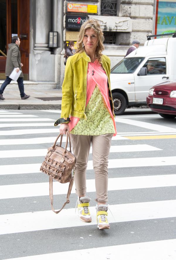 La Fashion Blogger Cristina Lodi indossa canotta CristinaEffe