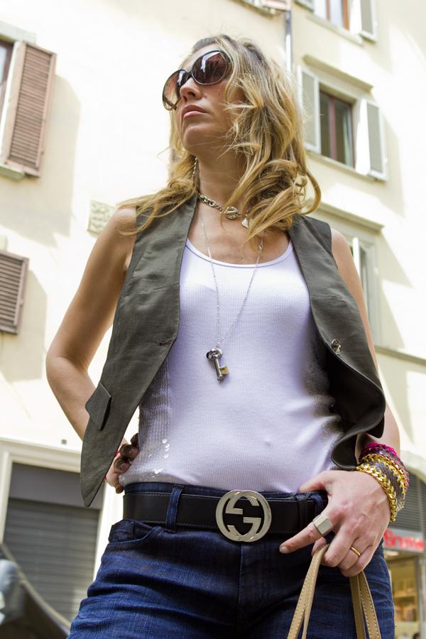 La Fashion Blogger Cristina Lodi con cintura Gucci