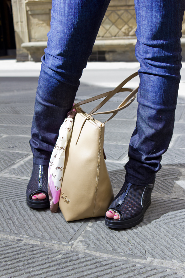 La Fashion Blogger Cristina Lodi con scarpe Ruco Line
