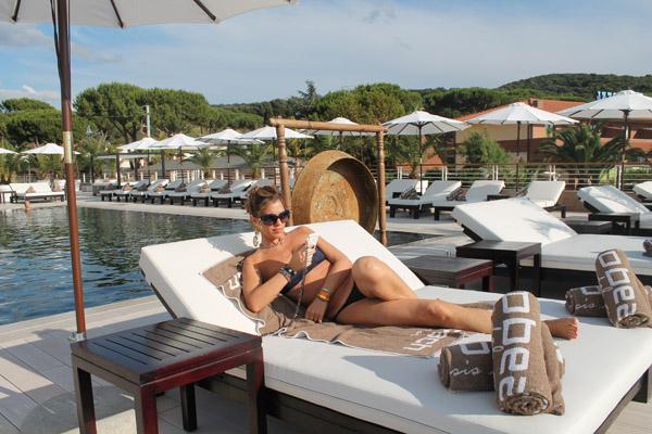 La Blogger Cristina Lodi con orecchini Ikonika for Zoppini
