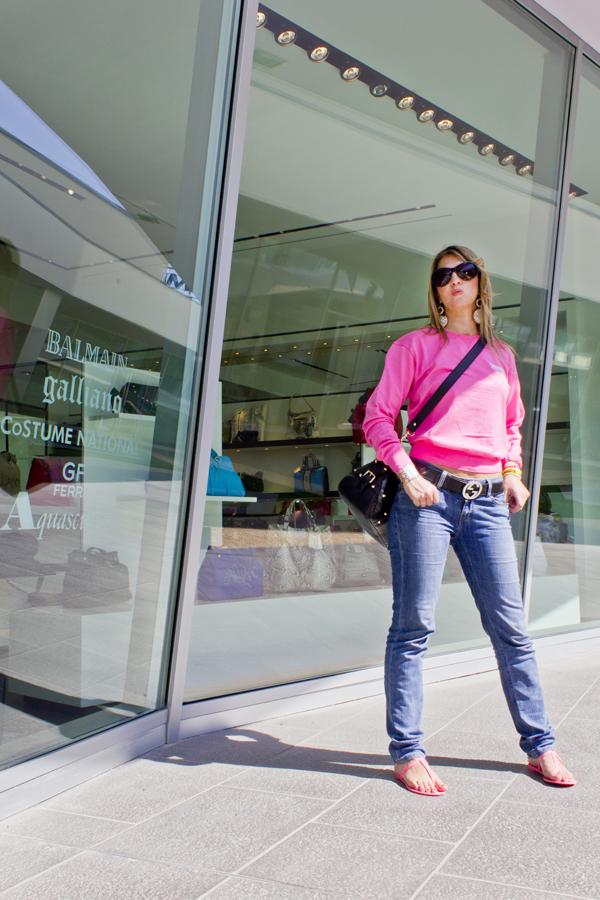 Cristina Lodi di 2 Fashion Sisters in Fashion Valley