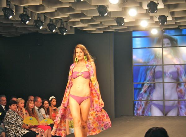 Mare d'Amare - 2 Fashion Sisters - fashion show