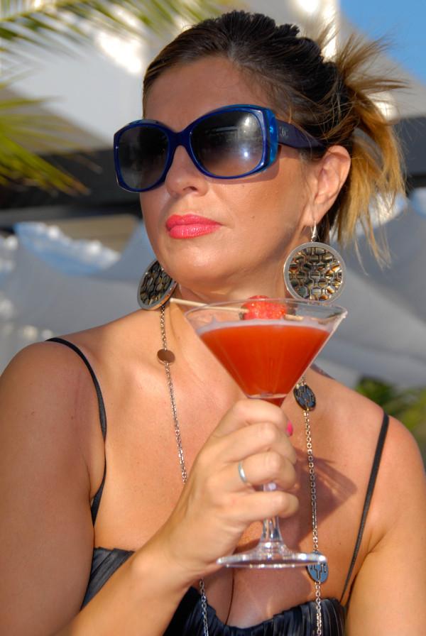 Cristina con occhiali Chanel