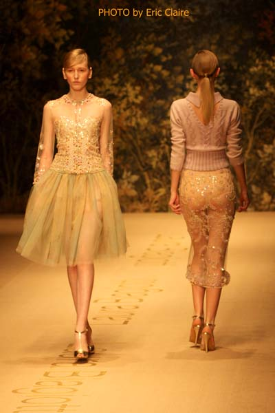 2 fashion sisters, L Biagiotti