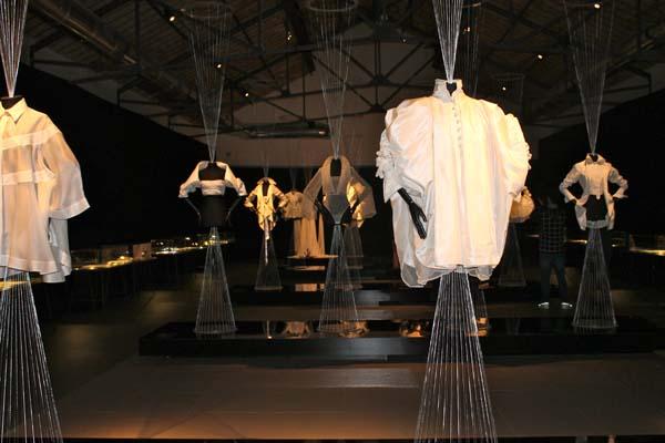 museo del tessuto, la camicia bianca secondo me, ferre, prato,  fashion blogger