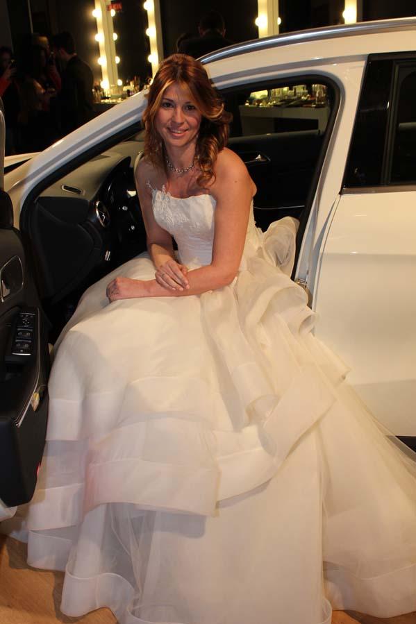 cristina di 2 fashion sisters, cristina lodi, mercedes benz, san valentino, wedding