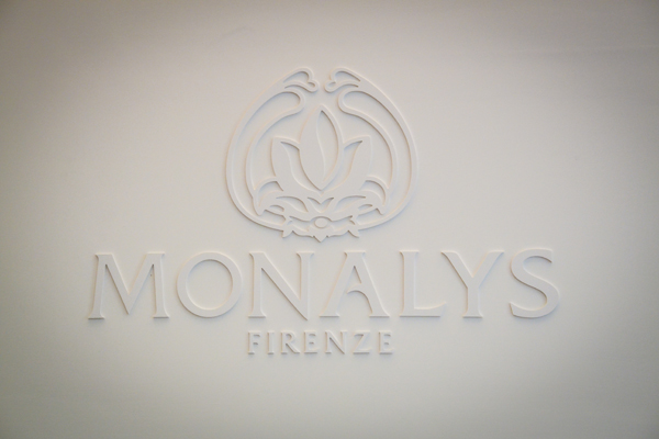 monalys firenze, 2 fashion sisters