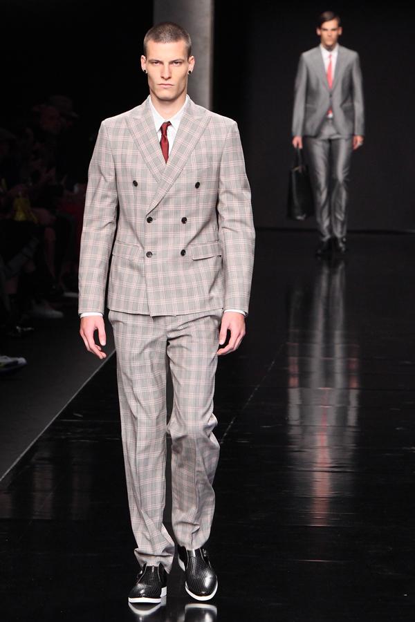 1 milano moda uomo, sfilata john richmond,