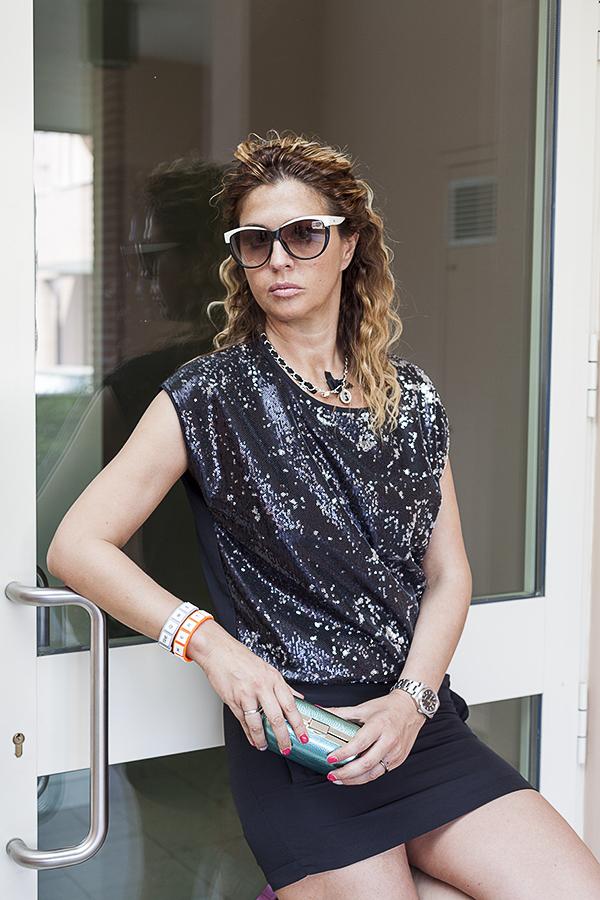 Cristina Lodi, 2 fashion sisters, fashion valley, fashion blogger italia, occhiali hogan, outly