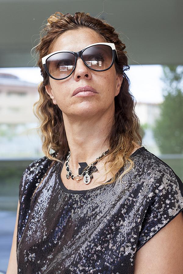 Cristina Lodi, occhiali Hogan, 2 fashion sisters, outly, silvian heach