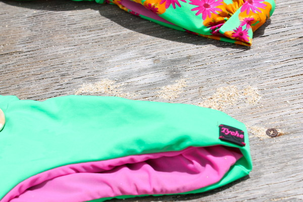 tyche, marian bronco, bikini, 2 fashion sisters, fashion blog