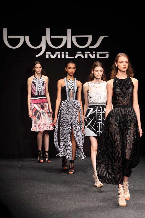 16 byblos, mfw, 2 fashion sisters, fashion show