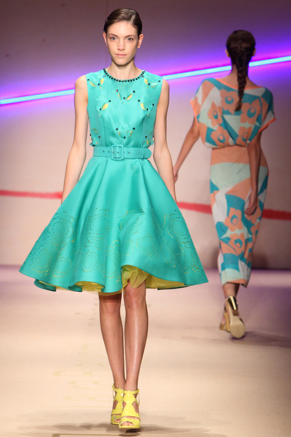 11 sfilata laura biagiotti, 2 fashion sisters, mfw