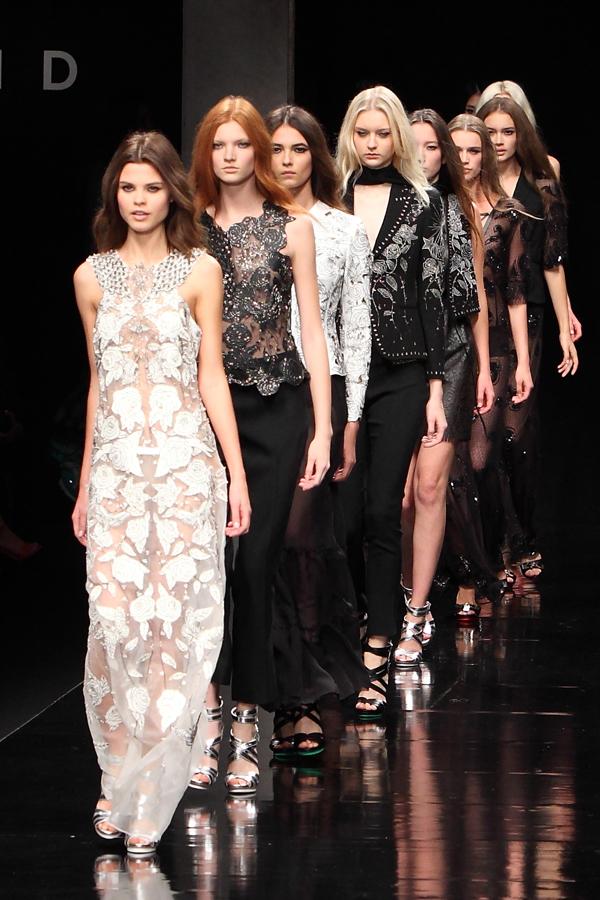 15 sfilata john richmond, 2 fashion sisters, ss2015