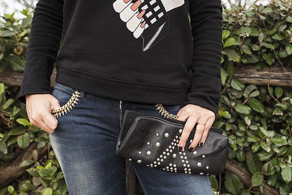 Cristina Lodi, felpa nera, felpa CristinaEffe, clutch orciani, 2 fashion sisters