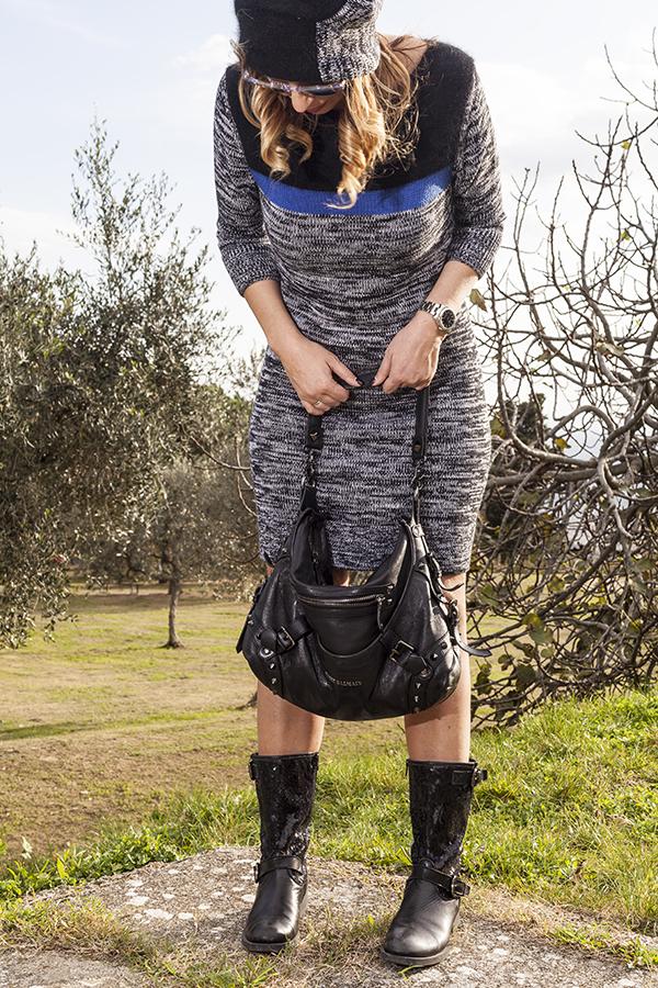 Cristina Lodi, 2 fashion sisters, fashion blogger, abito di lana, cappello CristinaEffe, boots Giancarlo Paoli, borsa Pierre Balmain
