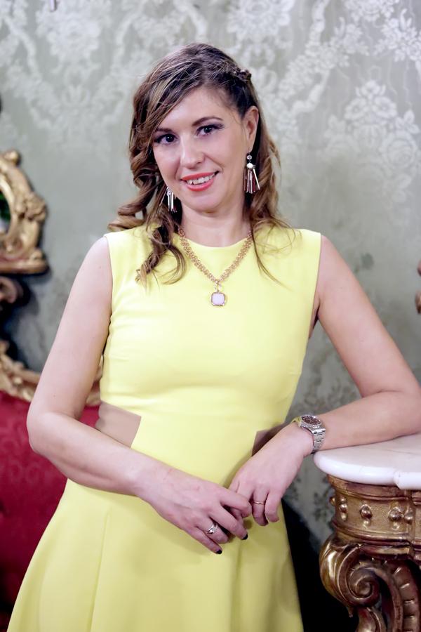 Cristina Lodi, abito Christies, abito giallo