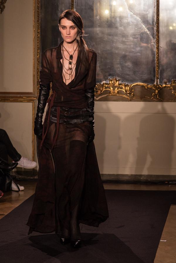 15 Nicholas K Fall-Winter 2015-16 Womenswear Collection, 2 fashion sisters