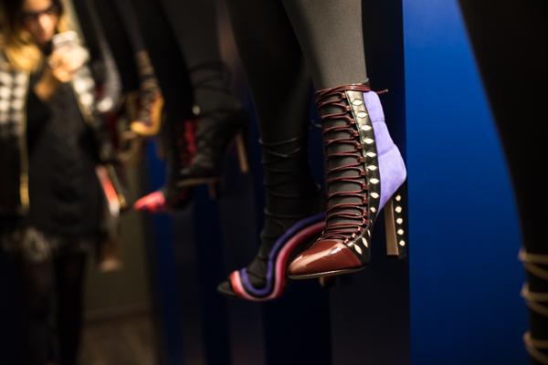 2 fashion sisters, mfw, shoes Paula Cademartori