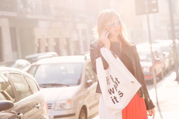 Cristina Lodi, abito ginger glam cristinaeffe, bag pomikaki, occhiali athina luxjpg