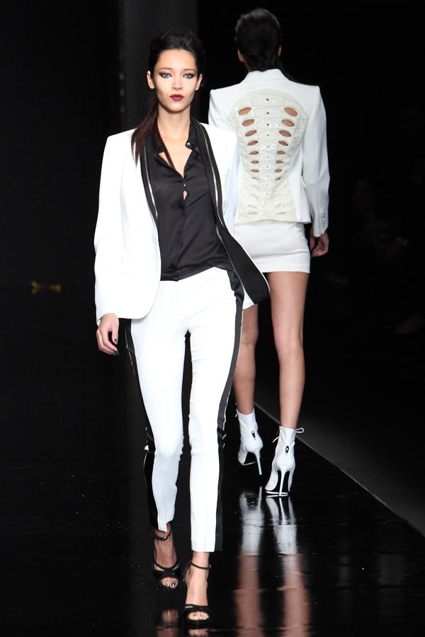 richmond_9, 2 fashion sisters