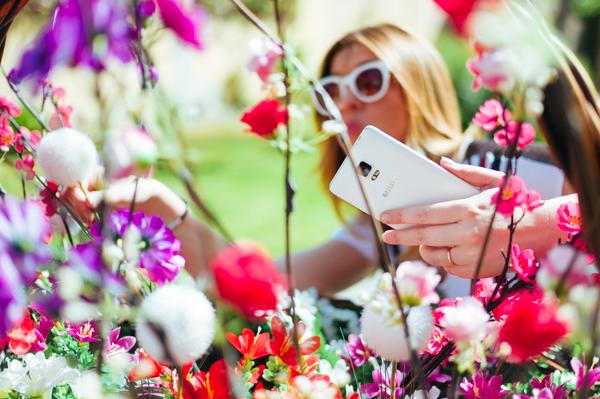 Cristina Lodi, 2 fashion sisters, fashion blogger, Samsung Galaxy Note 4, smartphone, occhiali Athina Lux