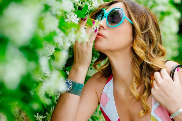 Cristina Lodi per Athina Lux, occhiali color tiffany, 2 fashion sisters, bracciale ottaviani