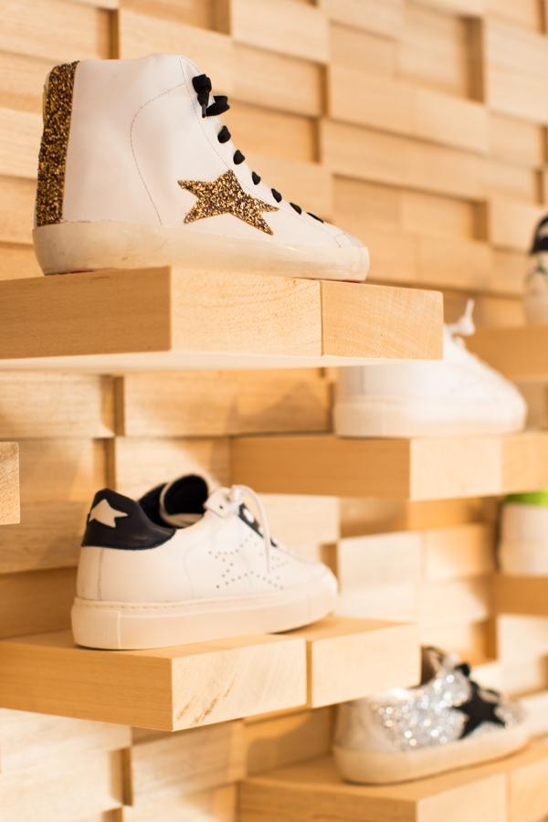 Ishikawa, sneakers