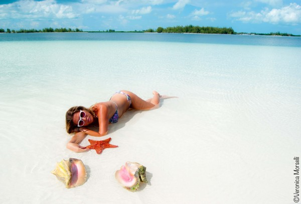 Cristina Lodi, 2 fashion sisters, bikini olivia beachwear, Cayo Largo, fashion blogger, testimonial, occhialiessequadro, stelle marine