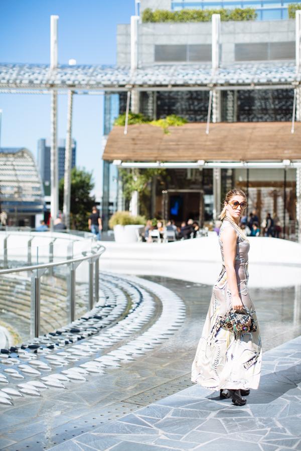 Cristina Lodi, stivali sopra il ginocchio, stivali nr rapisardi, abito Miranda Konstantinidou, CUISSARDES