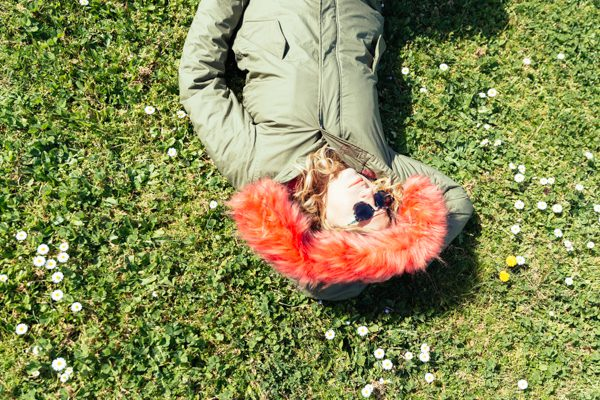Cristina Lodi, villa olmi. parka, occhiali lorj